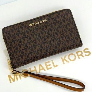 Michael Kors MD ZA Phone Holder Wallet Bro…